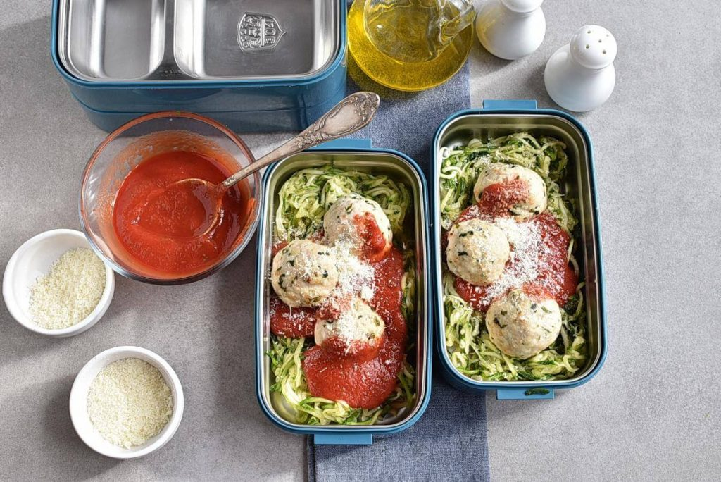 Meal-Prep Turkey Meatballs with Zoodles recipe - step 8