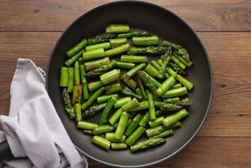 New Potato Salad with Asparagus recipe - step 2