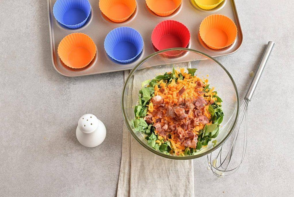 Keto Spinach and Bacon Mini Quiches recipe - step 3