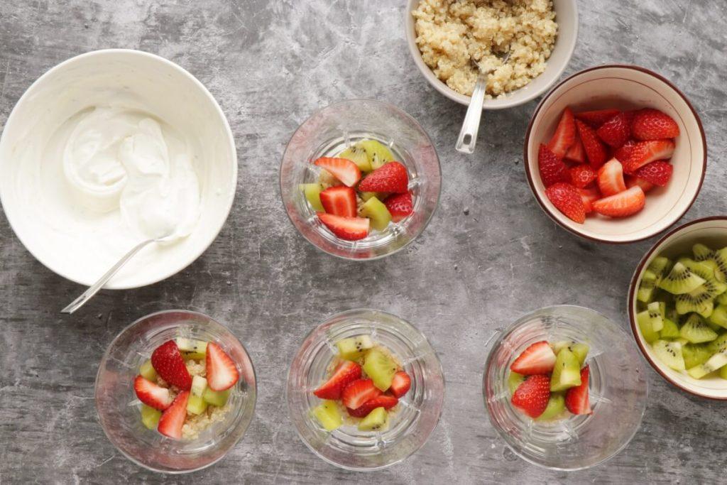 Strawberry Kiwi Quinoa Breakfast Parfait recipe - step 4
