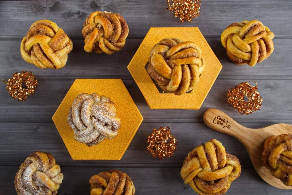 How to serve The Best Braided Cinnamon Buns