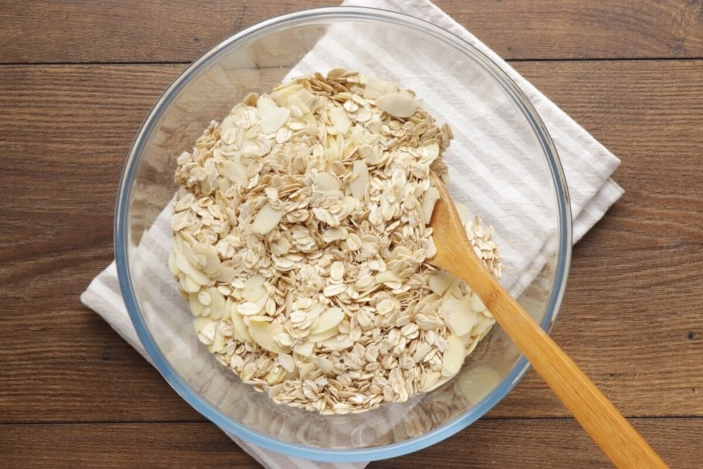 Tropical Coconut Granola recipe - step 2