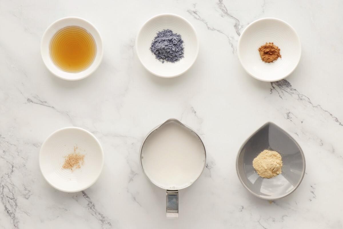 Ingridiens for Vegan Blue Moon Milk