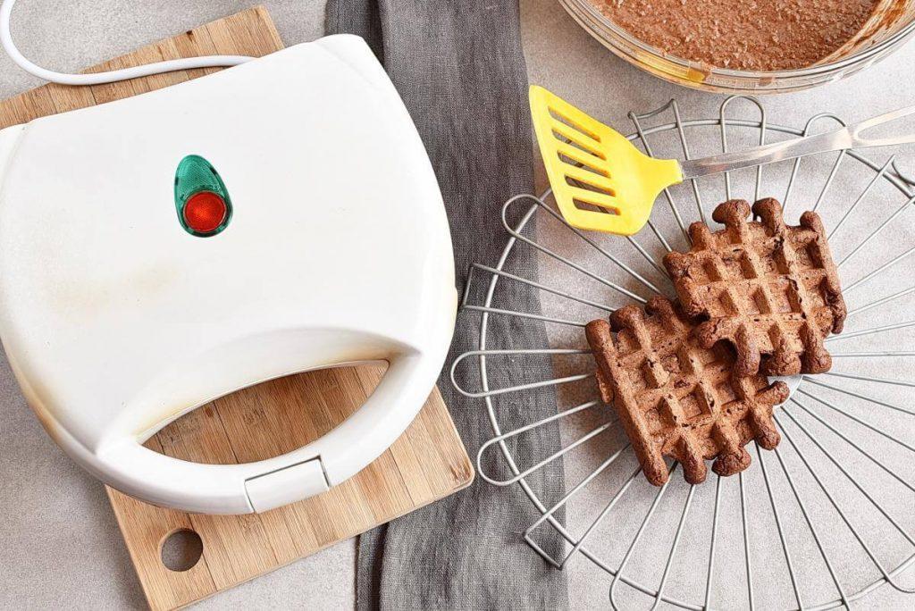 Vegan Chocolate Orange Waffles recipe - step 5