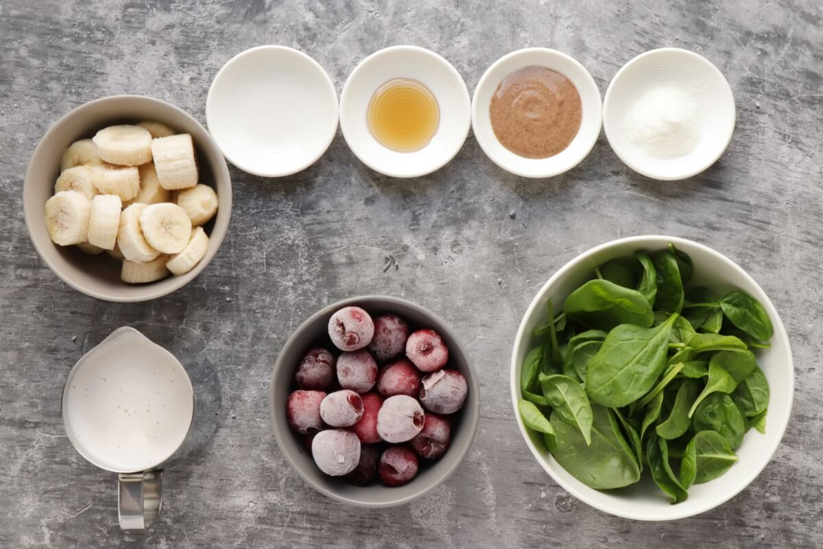 Ingridiens for Almond Cherry Spinach Smoothie