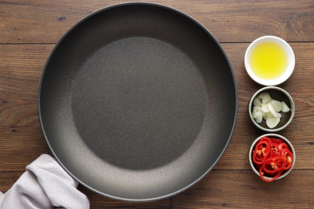 Asparagus Stir-Fry recipe - step 1