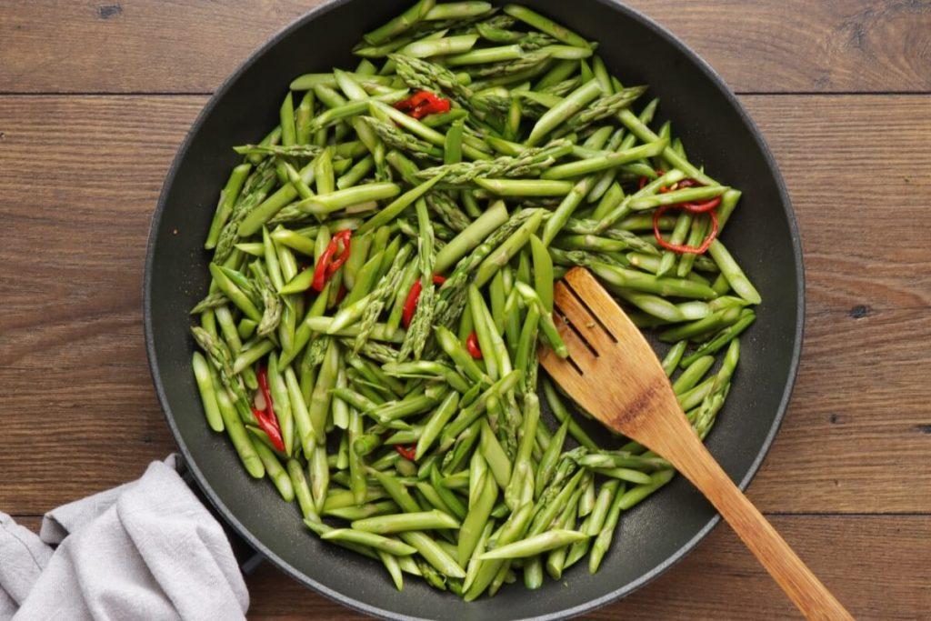 Asparagus Stir-Fry recipe - step 3