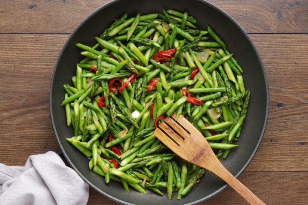 Asparagus Stir-Fry recipe - step 4