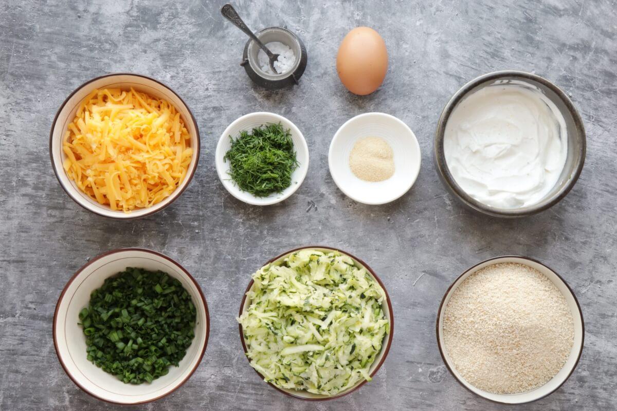 Ingridiens for Cheesy Garlic Zucchini Bites