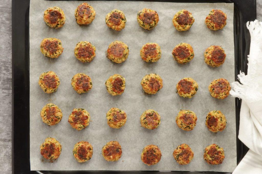 Cheesy Garlic Zucchini Bites recipe - step 4