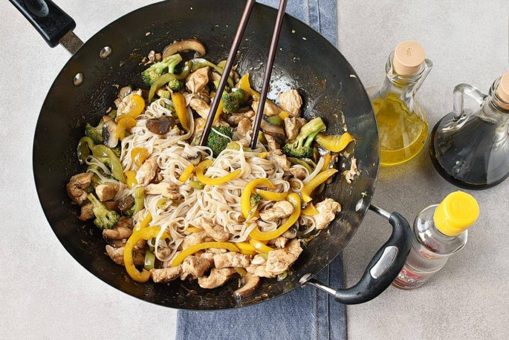Chicken Stir-Fry with Rice Noodles recipe - step 5