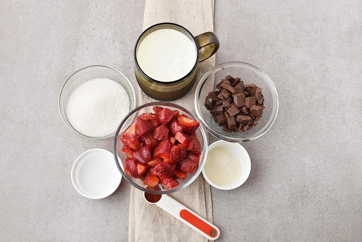 Ingridiens for Chocolate Panna Cotta with Strawberry Topping