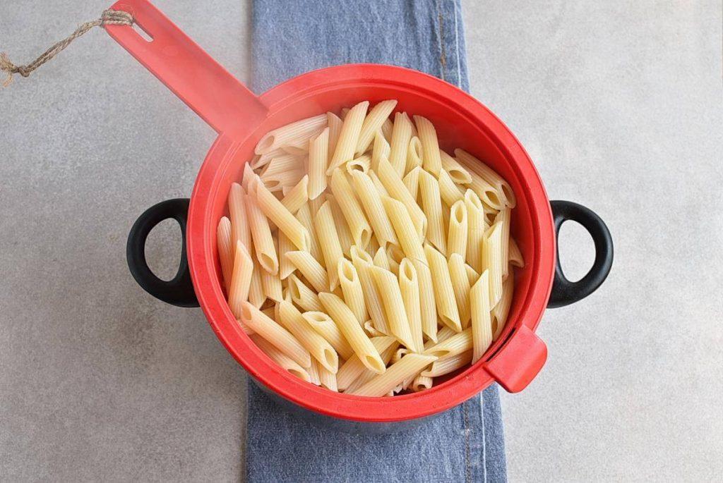 Creamy Rasta Pasta recipe - step 1