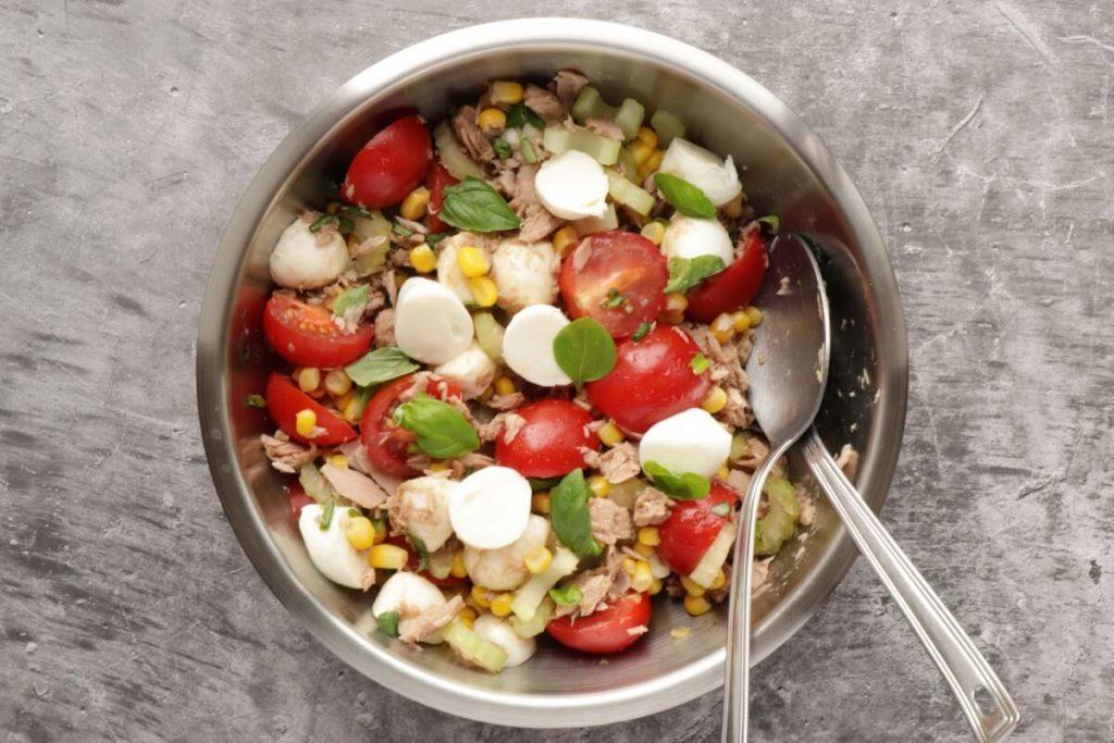 Easy Italian Tuna Corn Salad recipe - step 3