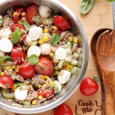 Easy Italian Tuna Corn Salad Recipe-Italian Salad Recipe with Tuna, Corn and Mozzarella-Tuna Corn Salad