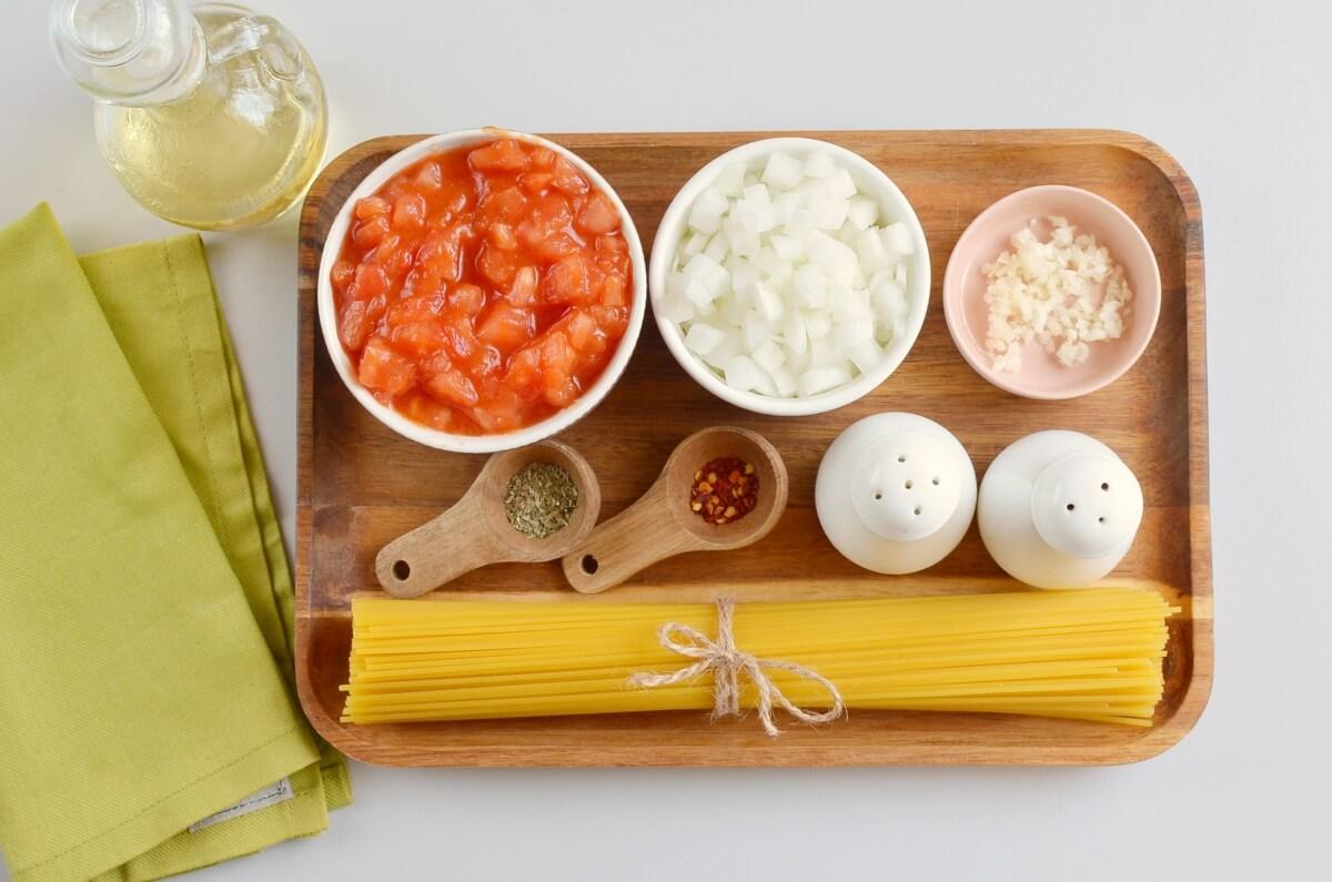Ingridiens for Italian Marinara Sauce
