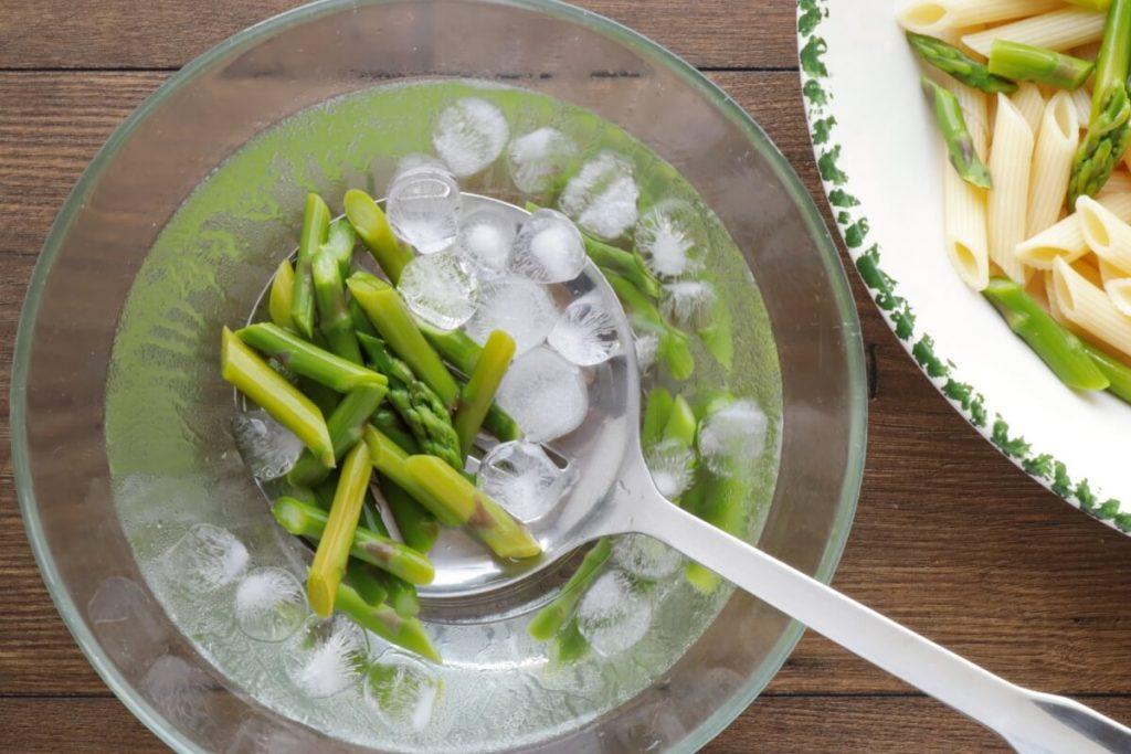 Lemon Asparagus Pasta Salad recipe - step 4
