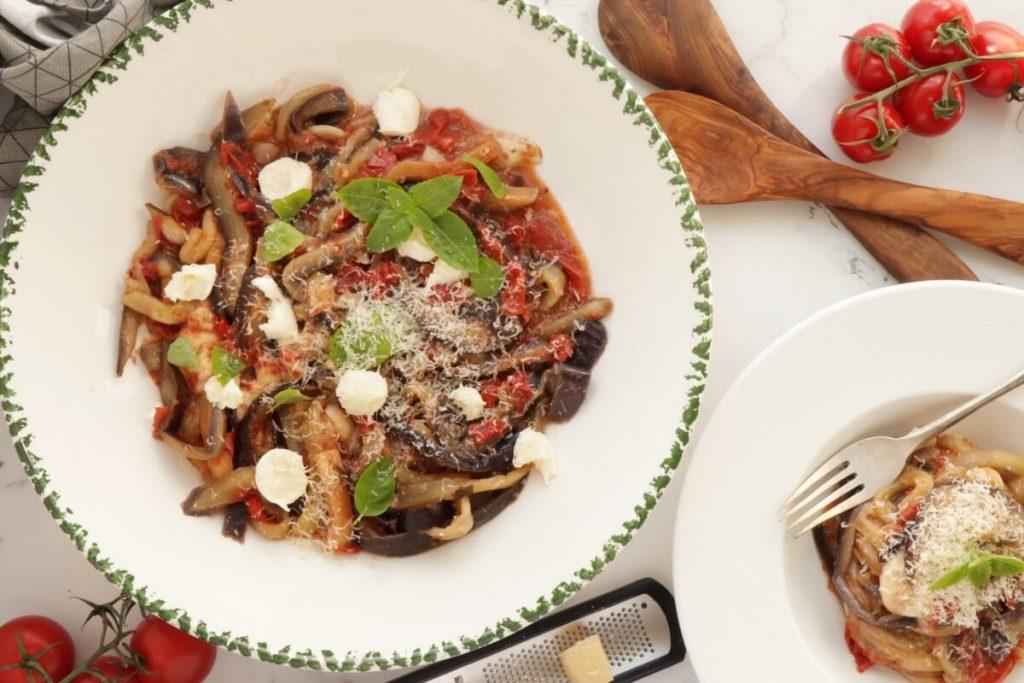 How to serve One-Pot Italian Eggplant Noodle Parmesan
