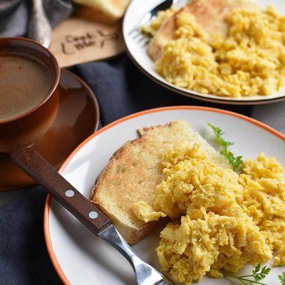 Perfect Scrambled Cheesy Eggs Recipes– Homemade Perfect Scrambled Cheesy Eggs –Easy Perfect Scrambled Cheesy Eggs
