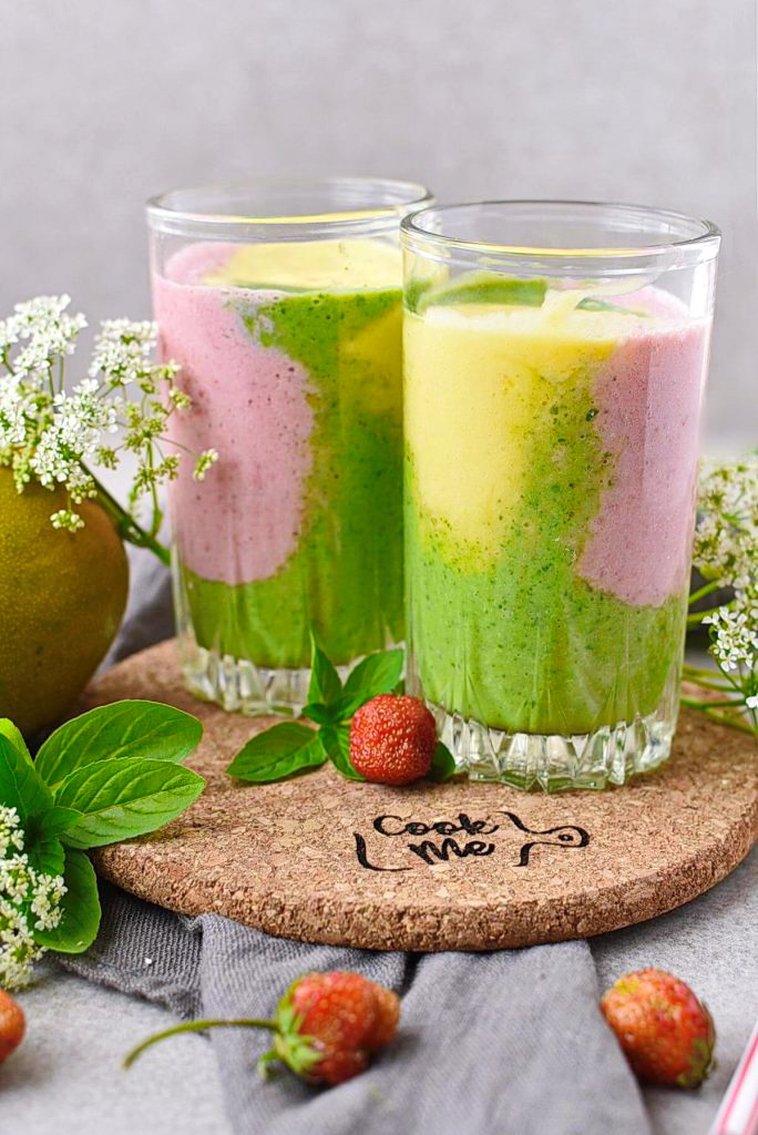 Delicious three-colored smoothie