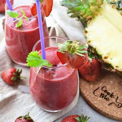 Strawberry-Blackberry-Banana-Pineapple-Smoothie-Recipes–Healthy-Strawberry-Blackberry-Pineapple-Smoothie–-Easy-Strawberry-Blackberry-Pineapple-Smoothie
