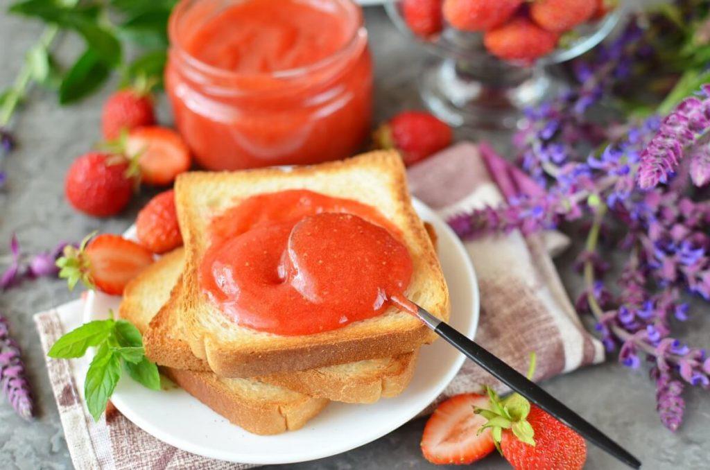 How to serve Strawberry-Lemonade Jam