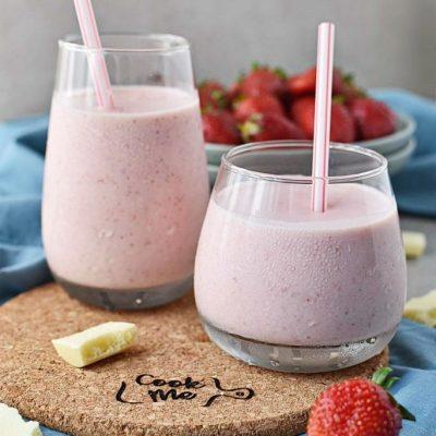 White-Chocolate-Strawberry-Smoothie-Recipes–-Homemade-White-Chocolate-Strawberry-Smoothie–Easy-White-Chocolate-Strawberry-Smoothie