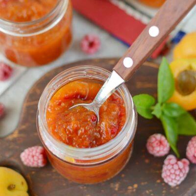 15-Minute Apricot Raspberry Preserves Recipe-How To Make 15-Minute Apricot Raspberry Preserves-Delicious 15-Minute Apricot Raspberry Preserves