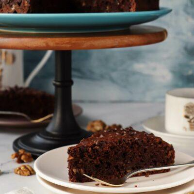 Chocolate Zucchini Cake Recipe-Easy Chocolate Chip Zucchini Cake-Quick Easy Chocolate Zucchini Cake