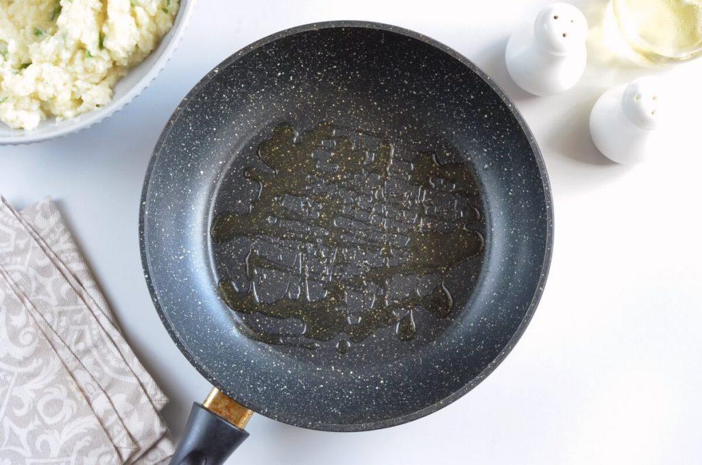 Easy Cauliflower Fritters recipe - step 4