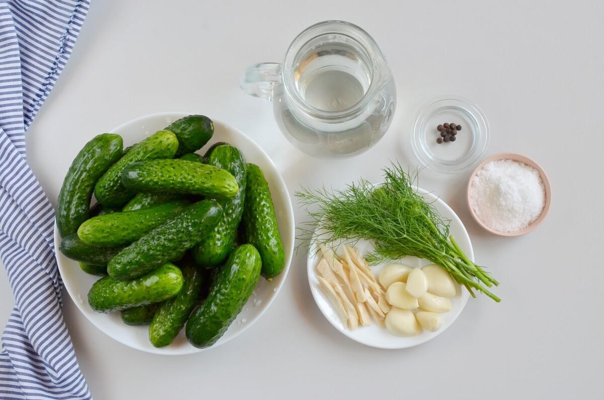Ingridiens for Easy Refrigerator Pickles