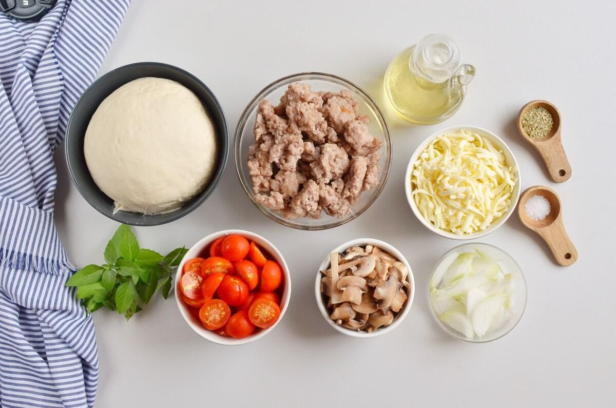 Ingridiens for Homemade Fresh Tomato Pizza