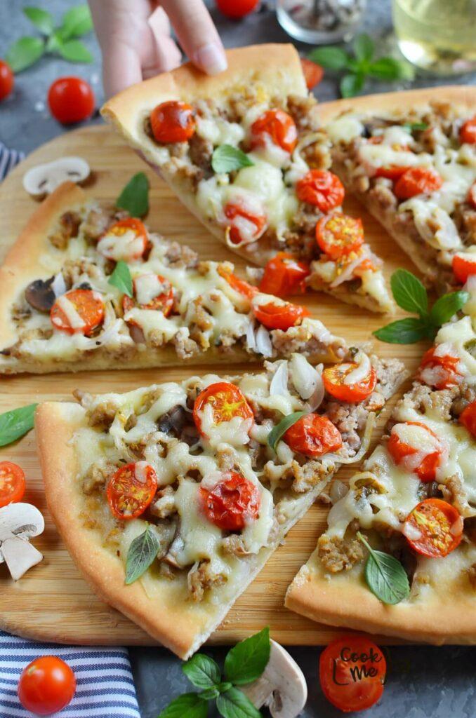 Homemade Fresh Tomato Pizza