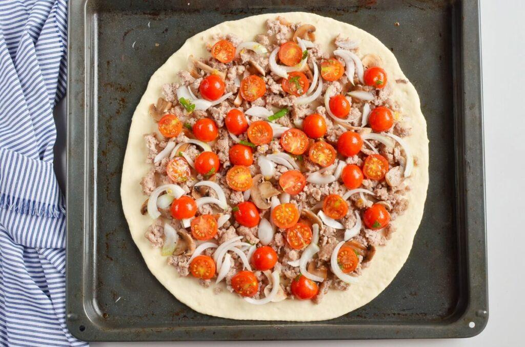 Homemade Fresh Tomato Pizza recipe - step 5