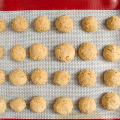 Italian Nut Cookies (Baci di Dama) recipe - step 7