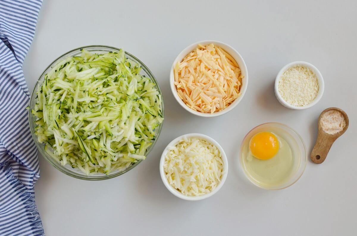 Ingridiens for Keto Cheesy Zucchini Breadsticks