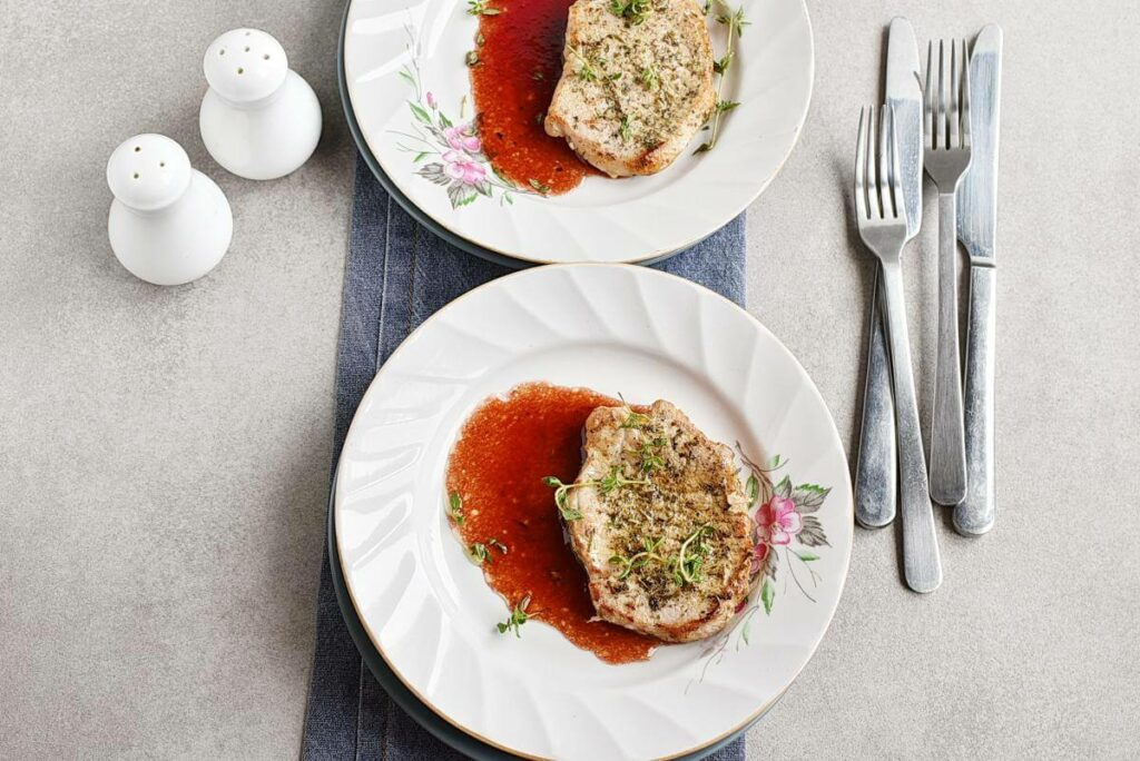 Pork Chops with Raspberry Sauce recipe - step 6