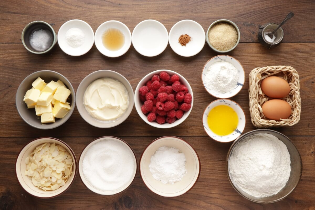 Ingridiens for Raspberry Almond Crumb Cake