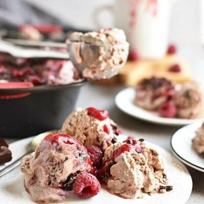 Raspberry Chocolate No Churn Ice Cream Recipes– Homemade Raspberry Chocolate No Churn Ice Cream– Easy Raspberry Chocolate No Churn Ice Cream