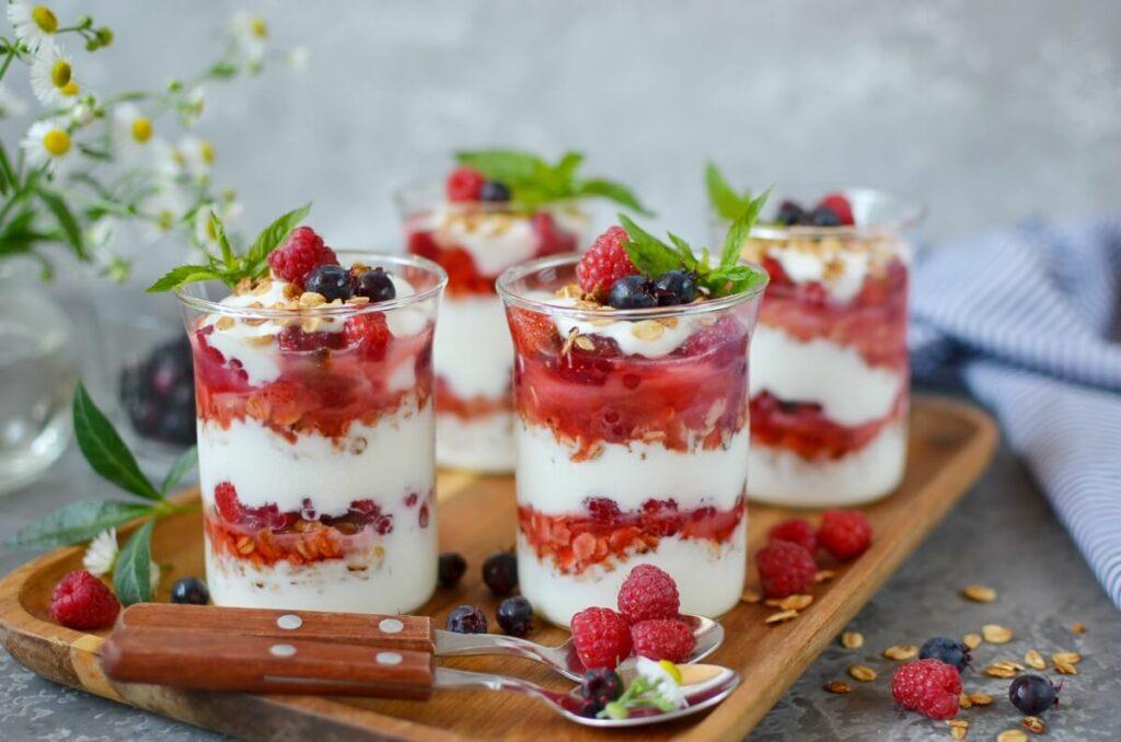 How to serve Yogurt and Fruit Parfaits
