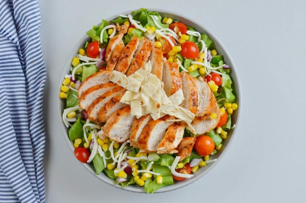 BBQ Chicken Salad recipe - step 7