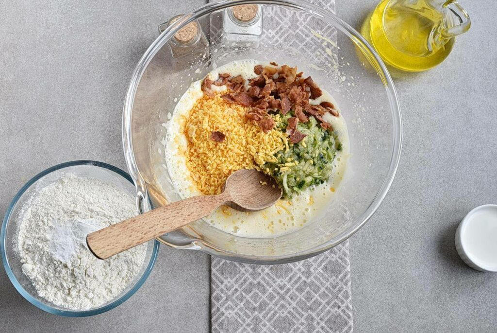 Bacon and Cheddar Zucchini Bread recipe - step 3