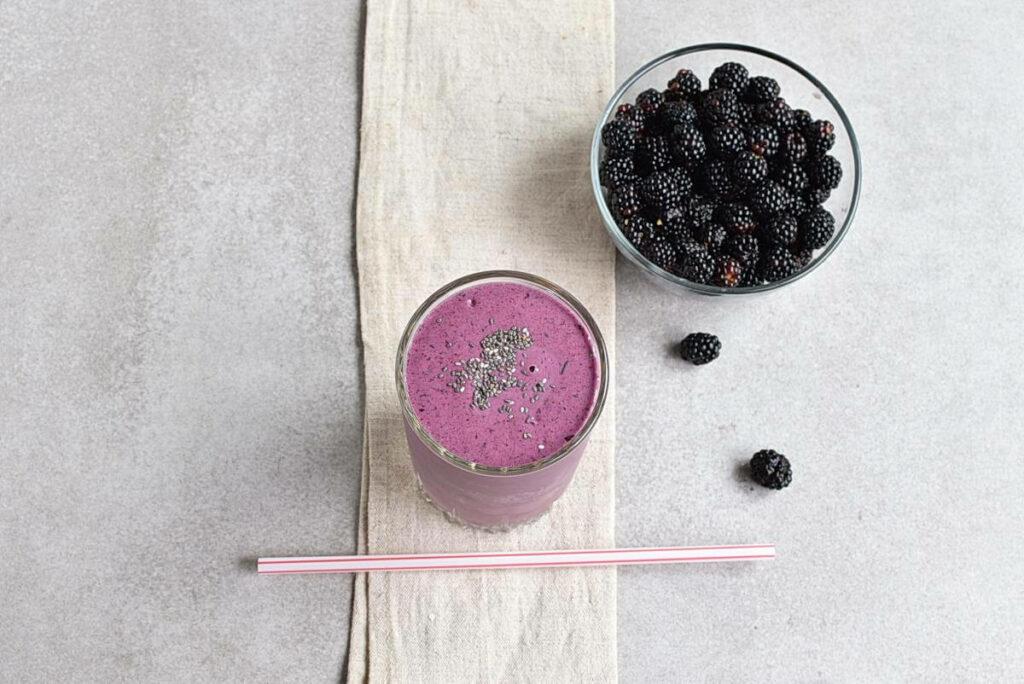 How to serve Blackberry-Banana Smoothie