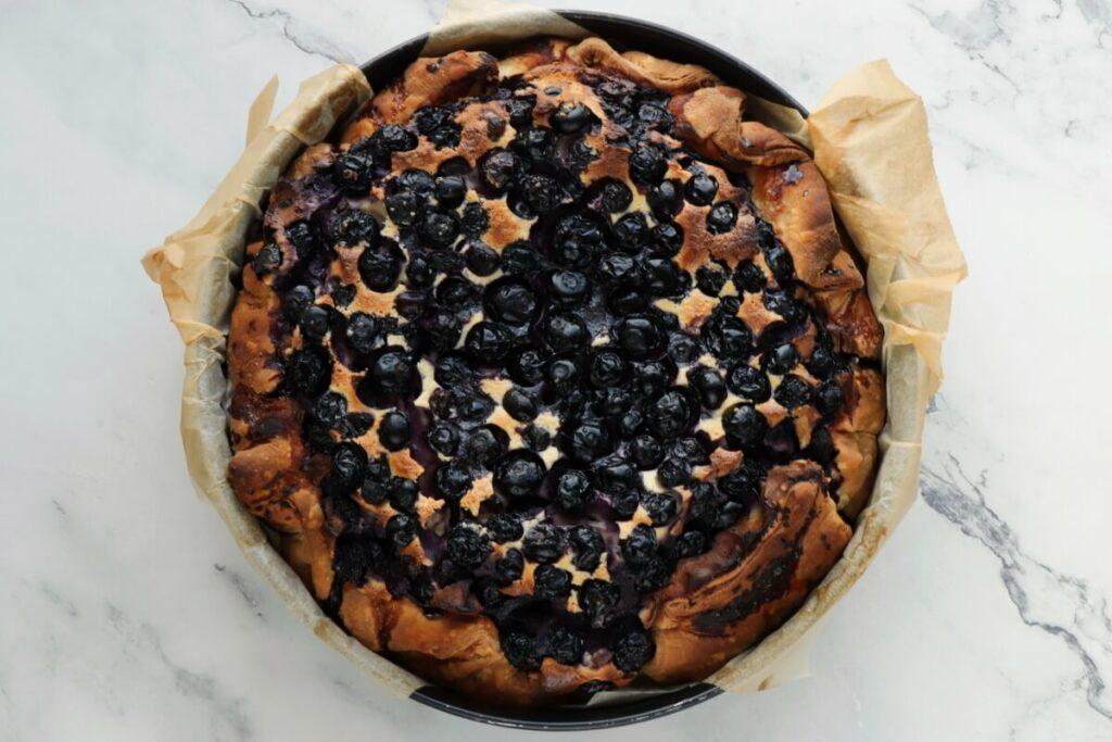 Blueberry Basque Cheesecake recipe - step 8