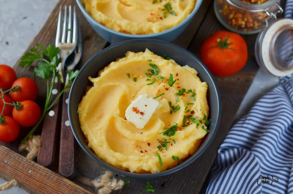 How to serve Buttery Pumpkin Mashed Potatoes