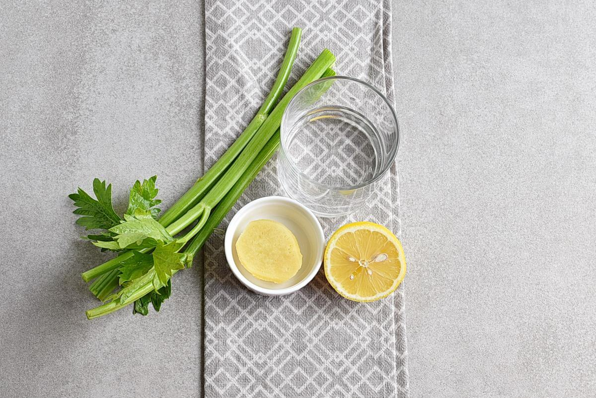 Ingridiens for Celery Ginger and Lemon Juice