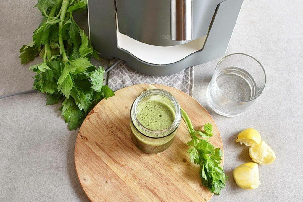 Celery Ginger and Lemon Juice recipe - step 2