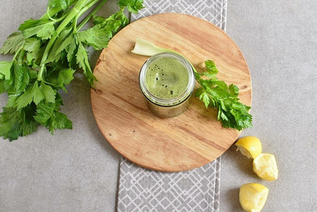 How to serve Celery Ginger and Lemon Juice
