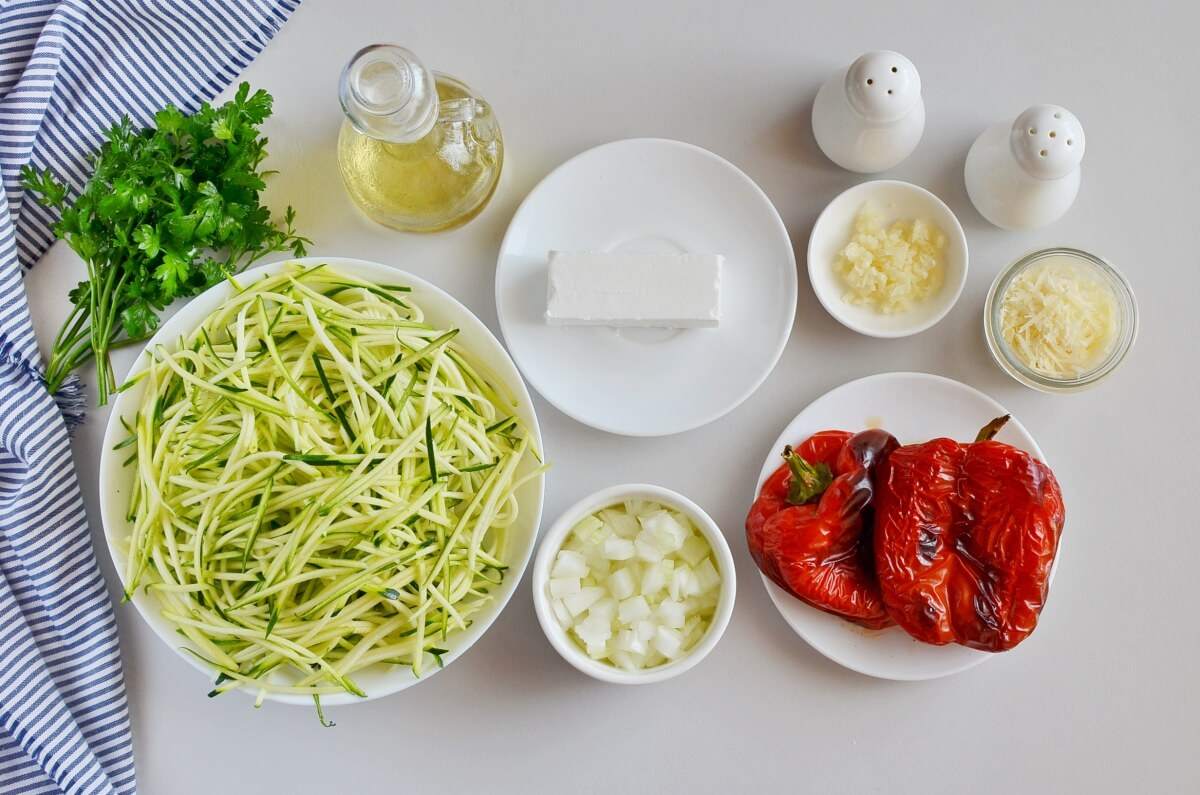 Ingridiens for Creamy Roasted Red Pepper Zucchini Noodles