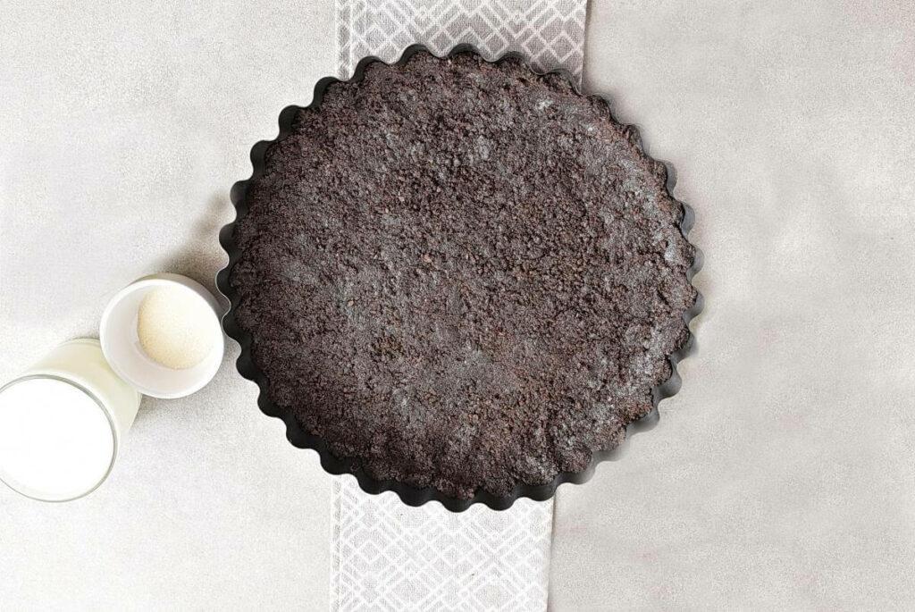 Easy No Bake Blackberry Tart recipe - step 2